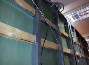 Как повесить шкаф на гипсокартонную стену
