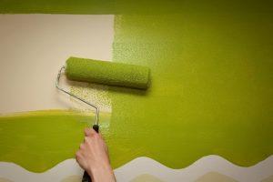 Сколько сохнет водоэмульсионная краска на стенах