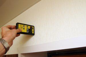 Как определить наличие проводки в стене