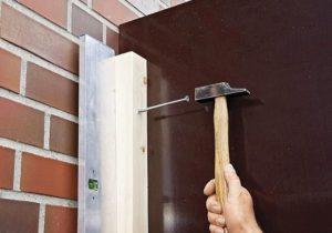 Как крепить брусок к бетонной стене